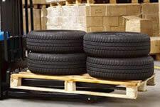 Lot de pneus auto