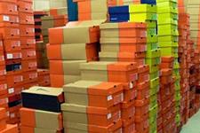 Palettes chaussure baskets