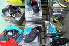 Stock de chaussures securite travail